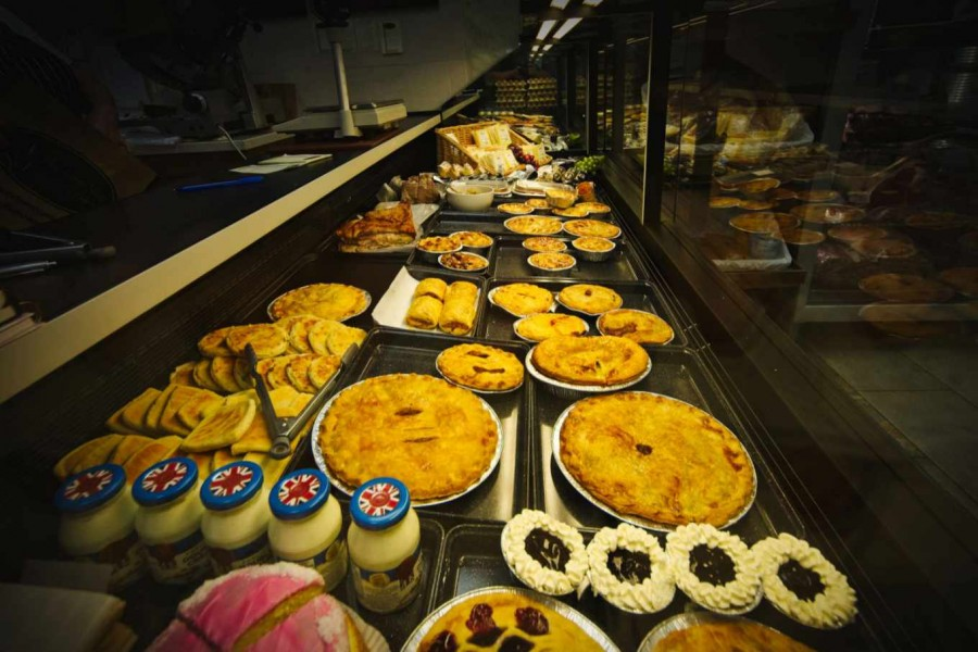 Homemade Pies, Cakes and Meals